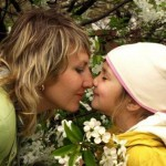 Роль отца и матери в воспитании девочки