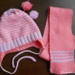 шапочка и шарфик вязанные спицами