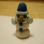 детские поделки из пластилина снеговик