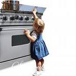 Как сделать, чтобы ребенок дома был в безопасности